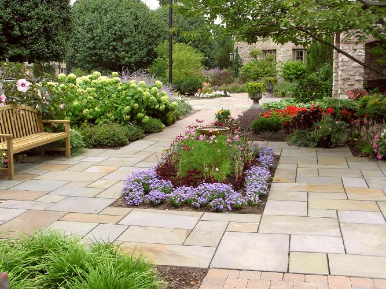 Plants for your patio outdoor design landscaping ideas for Outdoor garden ideas