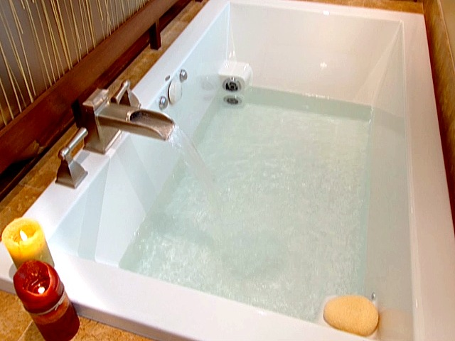 Japanese Soaking Tub Designs: Pictures & Tips From HGTV | HGTV