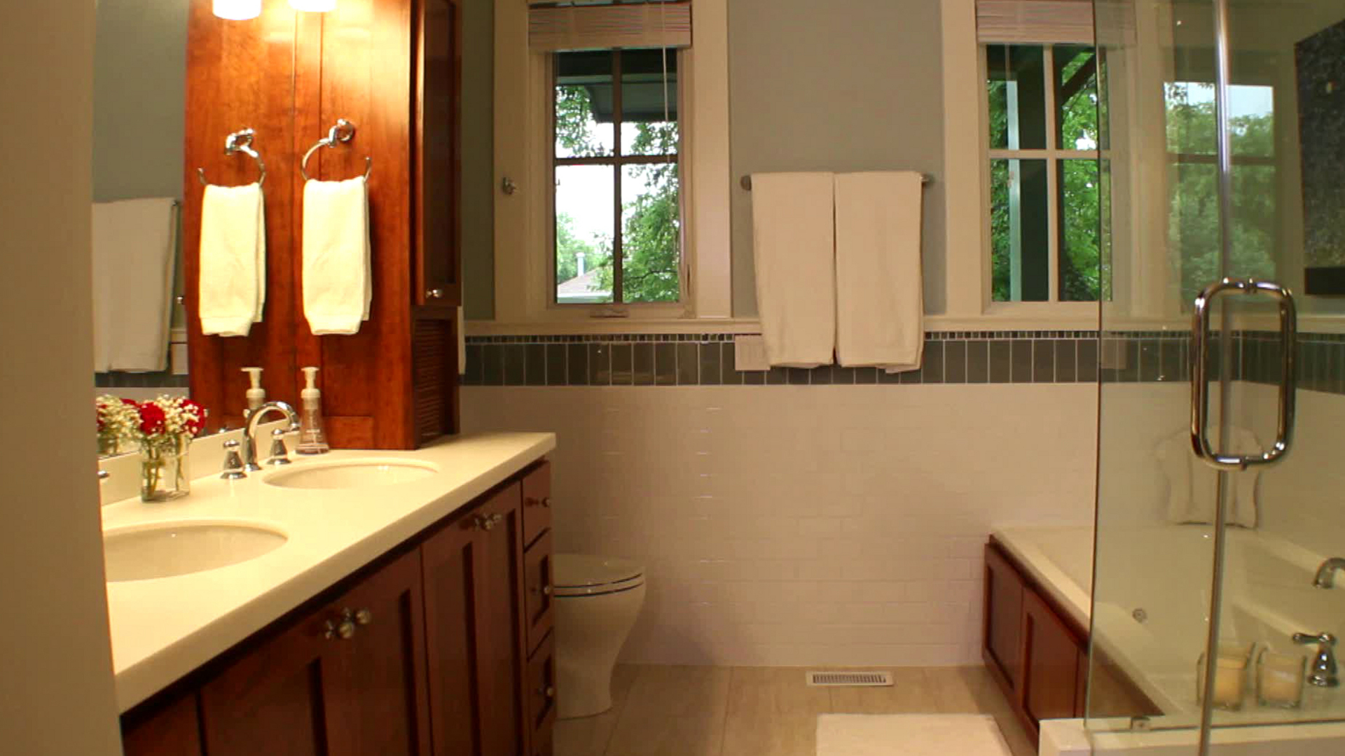 Bathroom Remodeling Ideas Photos cottage bathrooms | hgtv