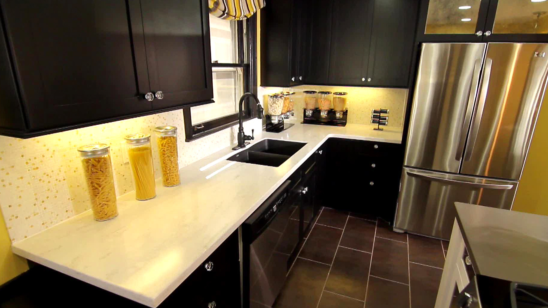 Painting Kitchen Walls: Pictures, Ideas & Tips From HGTV | HGTV